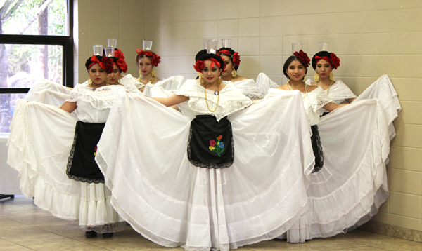 LFHS Folklorico and Mariachi performed at the latest Chamber Get Together. Photo: Victor Moreno/LFN