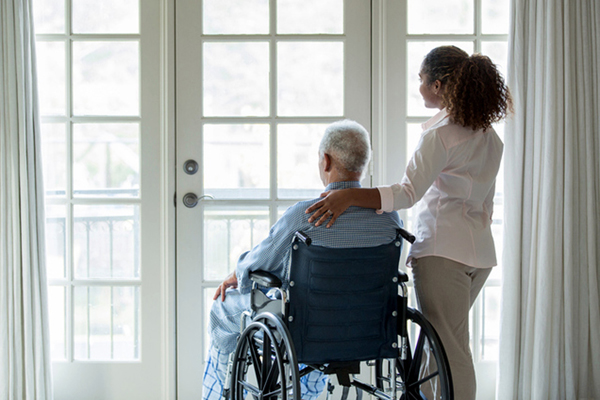 Texas lawmakers are considering tougher penalties for nursing homes that violate state health and safety regulations. Photo: TerryVine/GettyImages