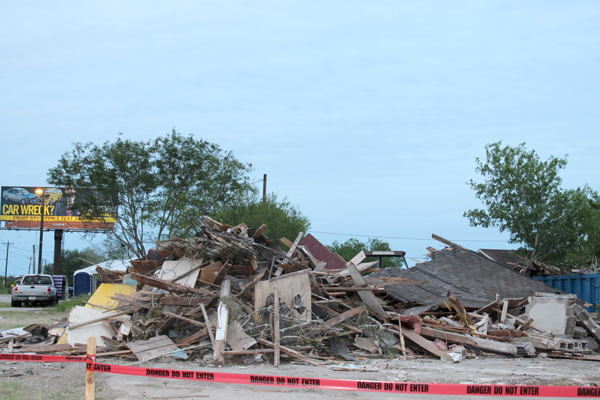 A house along Texas Highway 100 was demolished by the property owner - something the city welcomes. Photo Tony Vindell/LFN